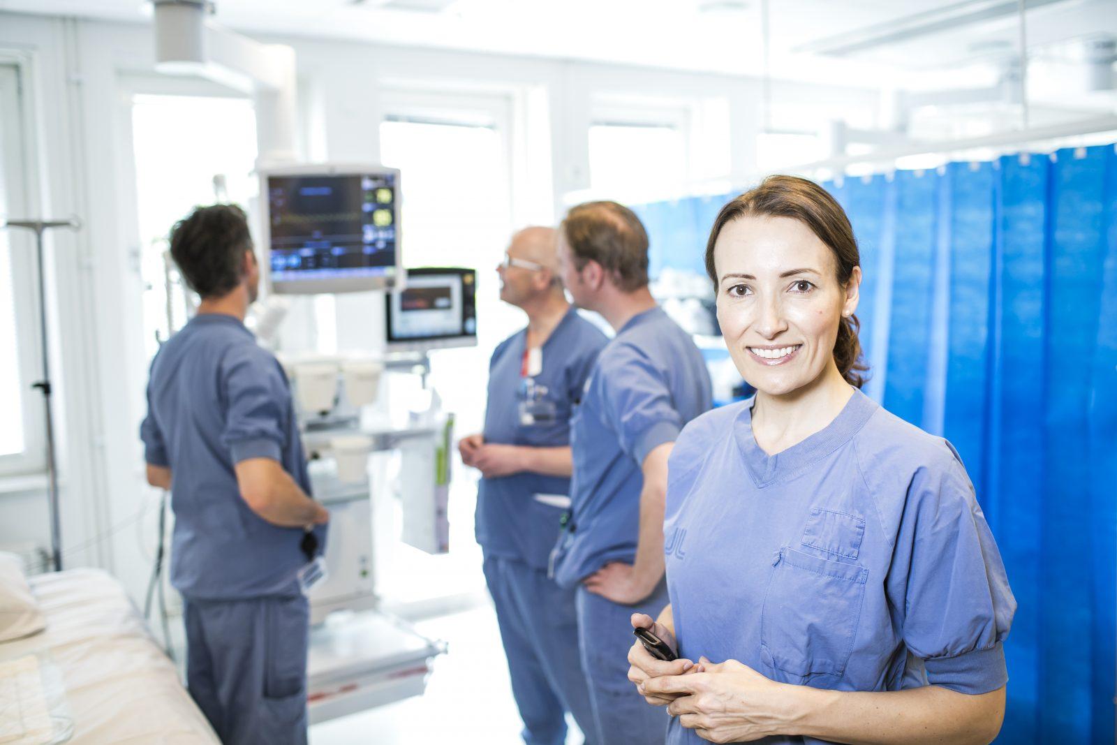 Heidi Stensmyren på sjukhus