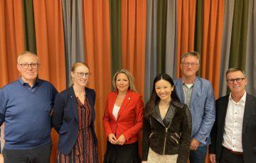 Chefsföreningens temadag med föreläsare Thomas Linden, Emma Spak, Anders Tegnell även på bilden moderatorer Sara Lei och Martin Rödholm