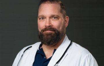 Sjukhusläkarnas representant i Arbetslivsgruppen Andreas Fischer